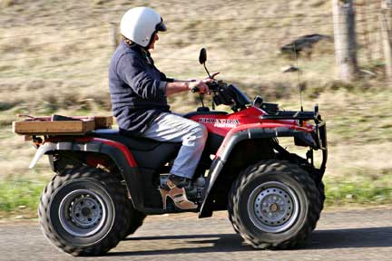 Four_wheeler.jpg