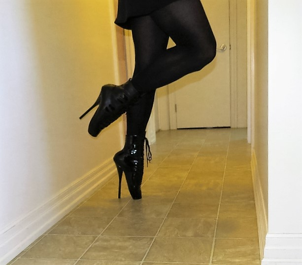 Ankle Boot Ballet Heels 1 (640x562).jpg
