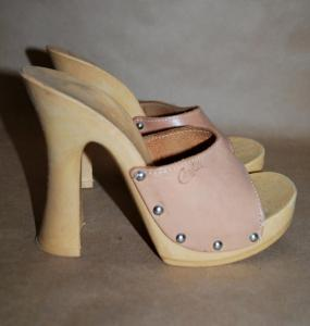 candies-shoes-vintage.jpg